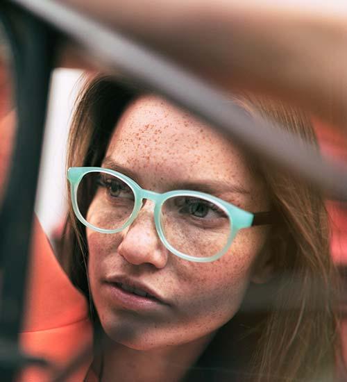 dc2eafb02a97 ... når du skal finde de perfekte briller. Her kommer en lille guide til dig