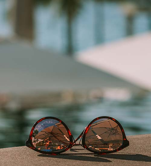 5cccca8eb1a0 Egenskaber ved farvede solbrilleglas